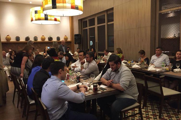 Jantar em Campo Grande (MS) Capítulo 013 (13/04) FOTOS