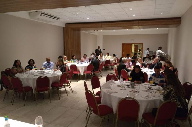 Jantar em Cabo Frio (RJ) Capítulo 097 (24/05) FOTOS