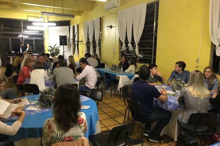 Jantar em Crissiumal (RS) Capítulo 1425 (06/07)