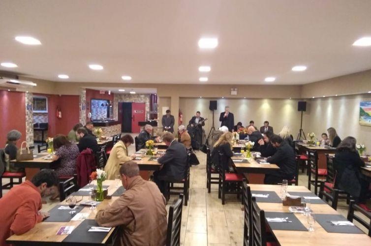 Jantar em Florianópolis (SC) Capítulo 1340 (12/07)