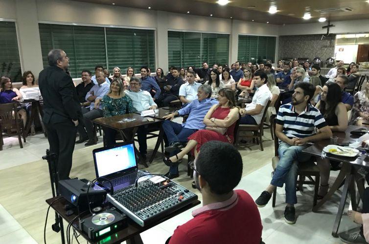 Jantar em Sousa (PB) Capítulo 1043 (03/08)