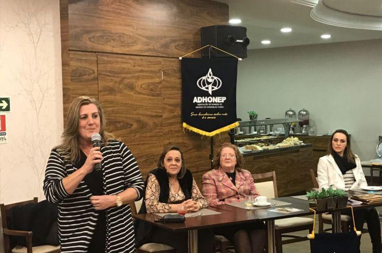 Chá em Curitiba (PR) Capítulo 005 (03/08)