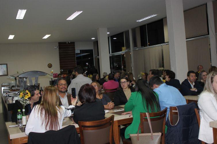 Jantar em Marau (RS) Capítulo 901 (05/10)