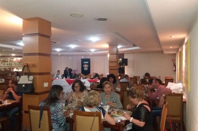Jantar em Bento Gonçalves (MG) Capítulo 530 (12/11)