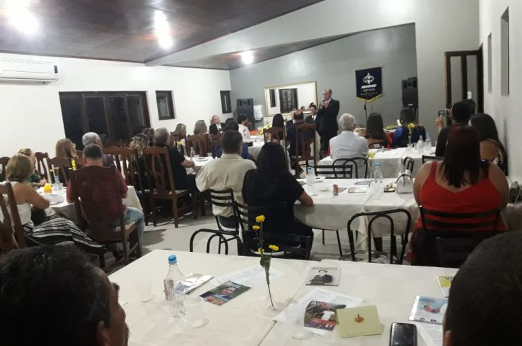 (Português do Brasil) Jantar em Itapetinga (BA) Capítulo 257 (01/12)