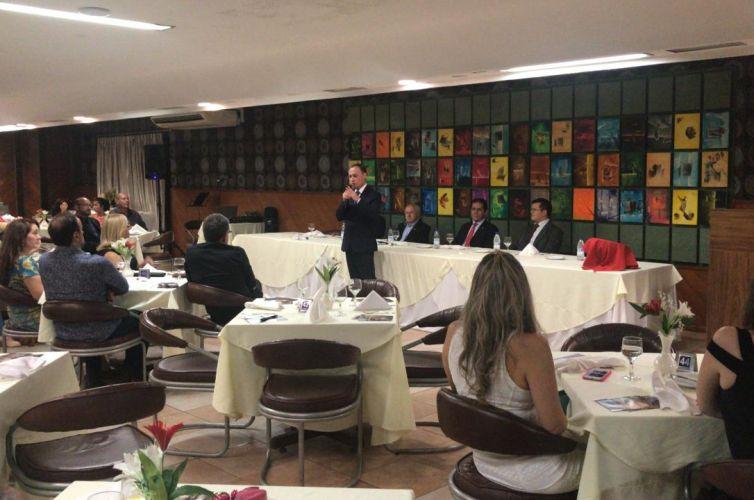 Jantar em Foz do Iguaçu (PR) Capítulo 032 (15/02)