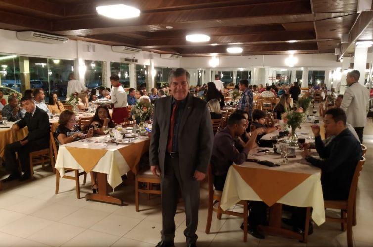 (Português do Brasil) Jantar em Itabuna (BA) Capítulo 061 (06/04)
