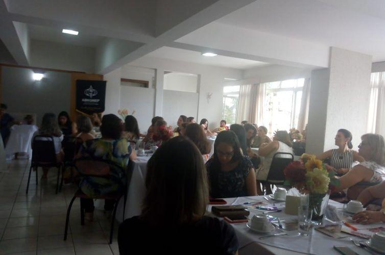 (Português do Brasil) Chá em Jales (SP) Capítulo 219 (06/04)