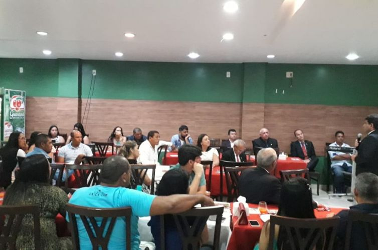 (Português do Brasil) Jantar em Santa Izabel do Pará (PA) Capítulo 551 (06/04)