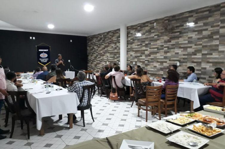 (Português do Brasil) Jantar em Itarema (CE) (05/10)