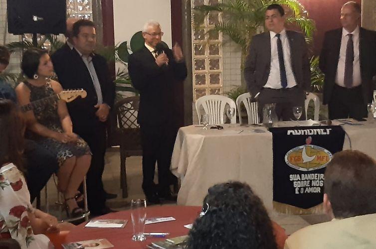 (Português do Brasil) Jantar em Nanuque (MG) Capítulo 599 (05/10)