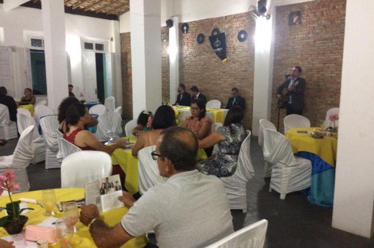 (Português do Brasil) Jantar em Canavieiras (BA) Capítulo 893 (09/11)