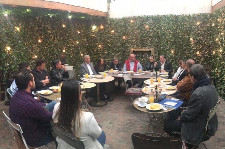 Café da manhã em Bogotá, Colômbia (01/02)