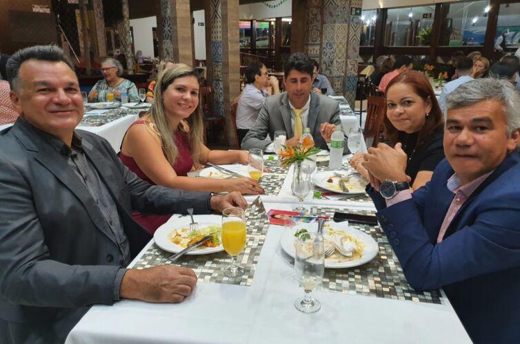 Jantar em São Luís (MA) Capítulo 1055 (10/09)