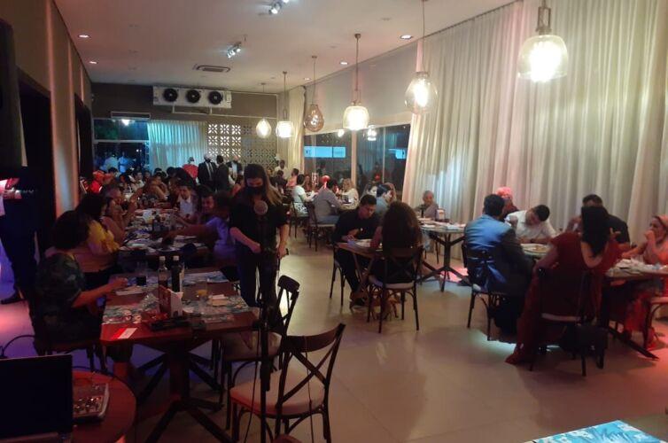 Jantar em Várzea Grande (MT) Capítulos 133 e 1000 (25/09)