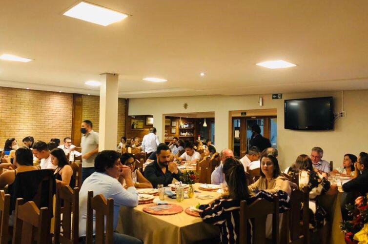 (Português do Brasil) Jantar em Juína (MT) Capítulo 652 (04/12)