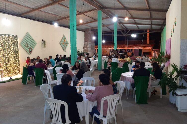 (Português do Brasil) Jantar em Raposa (MA) Capítulo 526 (30/01)