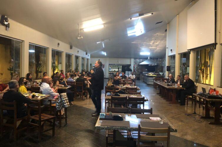(Português do Brasil) Jantar em Jataí (GO) Capítulo 491 (18/08)
